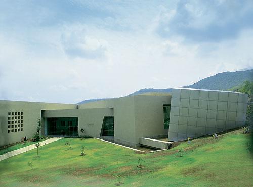 Научно-исследовательский центр, оснащенный самым современным оборудованием (г. Пуна)