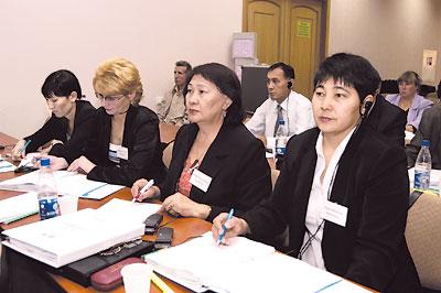 Зарубежные участники прибыли вКиев из всех стран СНГ иряда государств Азии