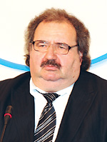 Владислав Поворознюк