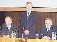 М.Є. Поліщук, Ю.В. Вороненко, Д.В. Табачник