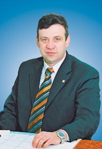 Валерий Карамавров