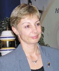 Д-р Анна Дарваши, директор помаркетингу представительства компании «Рихтер Гедеон» вРоссии