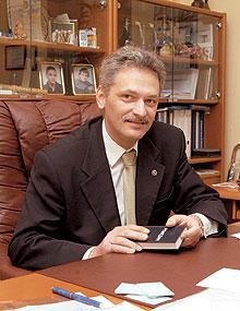 Янош Сабо
