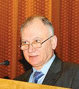Голова Комітету зпитань протидії ВІЛ-інфекції/СНІДу та іншим соціально небезпечним хворобам Василь Петренко