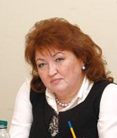 Тетяна Бахтеєва, голова Комітету, заслужений лікар України, народний депутат