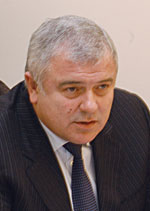 Ю.Гайдаєв