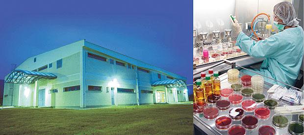 Условия производства назаводе компании «Алкалоид» вг. Скопье сертифицированы насоответствие требованиям GMP наиболее взыскательными регуляторными органами вмире — Великобритании иСША (фото Скопье предоставлены компанией «Алкалоид»)