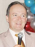 Юрий Караченцев