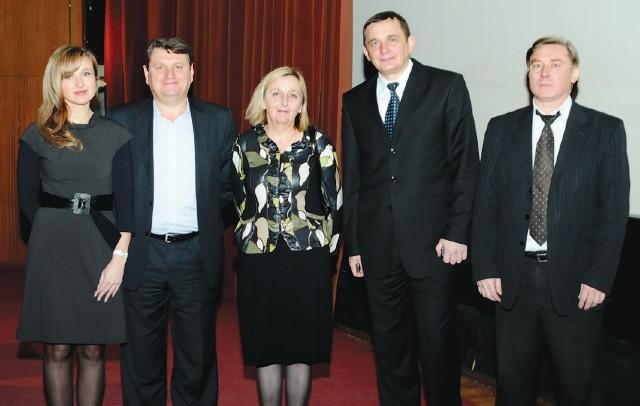 Зліва направо: Н. Давидова, В. Руденко, С. Хлопіцька, В. Стеців, С. Дяченко