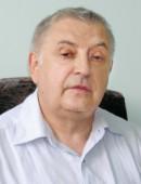 В. Николаев