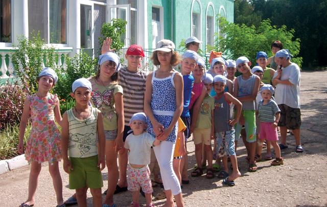 Летний итог акции «Навстречу детям сХЕЛПЕКС®» от компании «MoviHealth Switzerland»