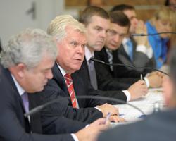 30 вересня у рамках Міжнародного форуму фармацевтичної індустрії «PHARMComplEX-2010» відбувся круглий стіл «Ціноутворення і реімбурсація: міжнародний досвід та актуальні питання для України»