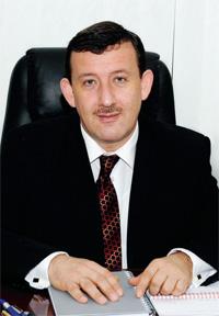 Олег Сяркевич , директор з розвитку бізнесу, член правління ВАТ «Фармак», кандидат фармацевтичних наук, МБА