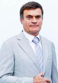 Григорій Костюк , технічний директор, член правління ВАТ «Фармак»
