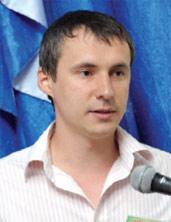 Александр Емец