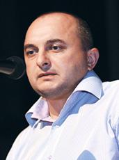 Володимир Оксак