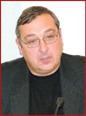 Юрій Ульшин, перший заступник голови правління полтавської обласної громадської організації «Асоціація працівників фармацевтичної галузі»