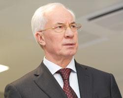 Микола Азаров вимагає вчасно завершити процедуру реєстрації цін налікарські засоби
