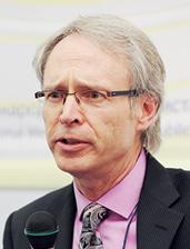 Том Лори (Tom Lawry), директор «Worldwide Health» (компания «Microsoft»)