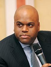 Нолан Таунсенд, глава представительства «Файзер»