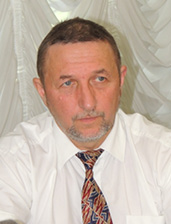Костянтин Надутий