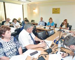 Народні депутати створили робочу групу зпідготовки додругого читання проекту щодо фінансових гарантій надання медичних послуг