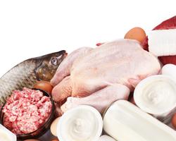 Почему в пожилом возрасте важно употреблять много белка