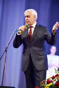 НФаУ відзначив кращих фармацевтичних працівників Слобожанщини