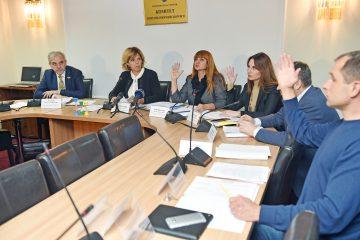 Хто очолить новостворені підкомітети Комітету Верховної Ради України зпитань охорони здоров'я?