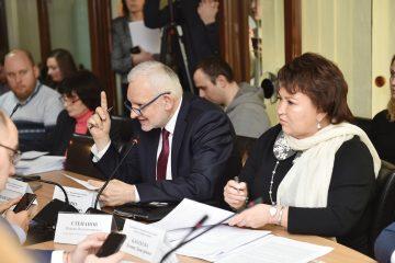 Профільний комітет планує звернутись до правоохоронних органів через не ефективне використання МОЗ коштів Міжнародного банку