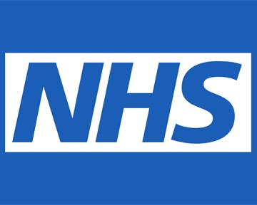 NHS: фармацевты исоциальные работники могут наполовину разгрузить семейных врачей