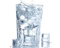 Почему необходимо употреблять 2–2,5 л питьевой воды всутки?