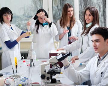 Есть высшее экономическое образование хочу получить специальностьпровизора или фармацевта