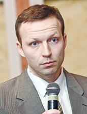 Юрий Лебедь