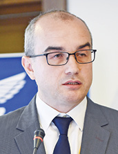 Алексей Сухомлинов