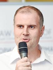 Олександр Стародубцев