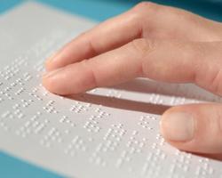 Українське товариство сліпих скаржиться напорушення вимог щодо маркування ліків шрифтом Брайля