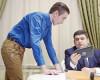 Прем'єр-міністр зустрівся з українським інженером— розробником екзоскелету для людей звадами руху
