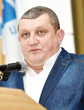 Олег Борисенко