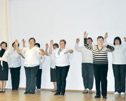 Танцювати, щоб жити краще— виробник лікарських засобів «ФАРМА СТАРТ», компанія швейцарської фармацевтичної групи «ACINO», підтримала Всесвітній День боротьби зхворобою Паркінсона